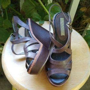 "Ladies Banana Republic 4"" wedge shoes, 7.5"